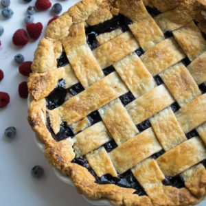I love this blueberry pie recipe! The blueberry filling is thick and amazing. When in doubt, bake a pie! Here is a simple blueberry pie recipe that's easy and delicious. Why make things complicated, when they don't need to be. RECIPE | DESSERT | EASY